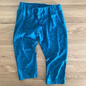 5/$25 ✨ Asics crop running pants